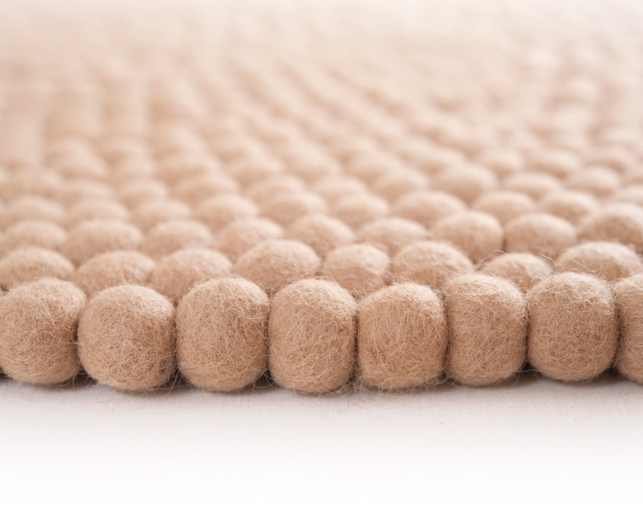 felt ball rug sukhi natural color