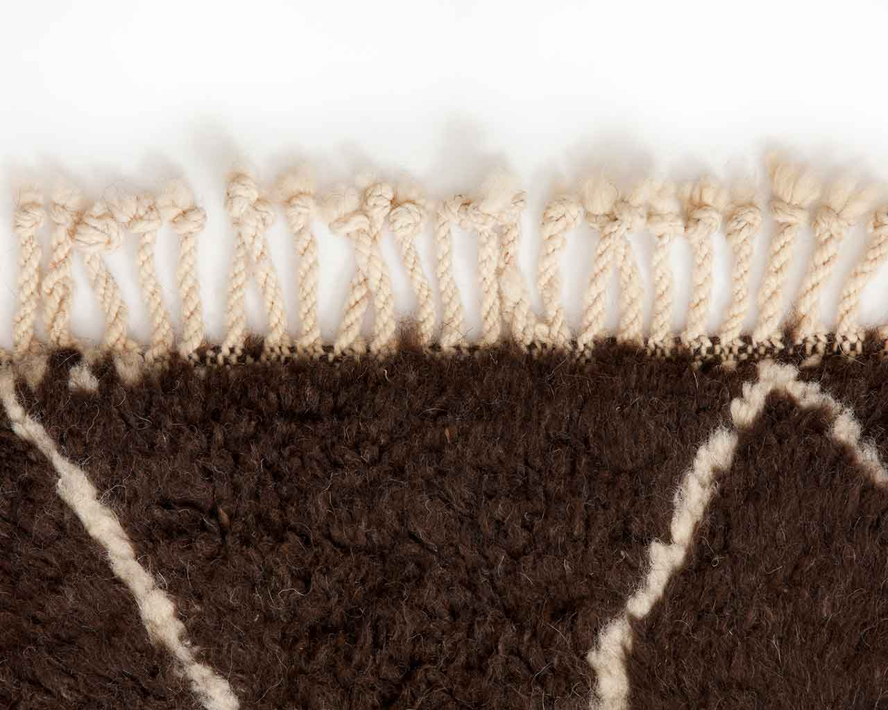 white fringes brown natural moroccan wool 1